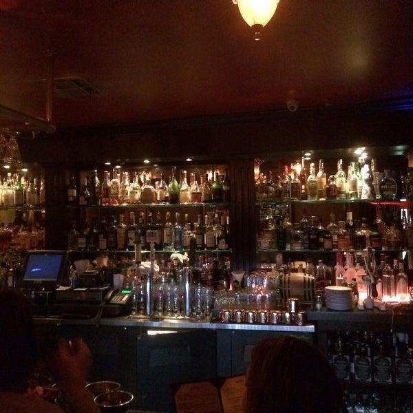 Foto tomada en Seventy7 Lounge por graceface k. el 1/30/2015