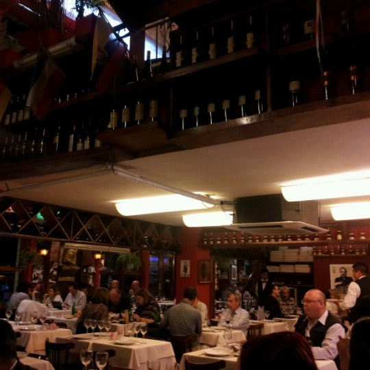 Photo prise au Chiquilín par Raul Ezequiel le10/31/2012