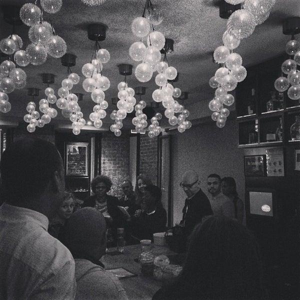 12/11/2013にkim d.がCove Loungeで撮った写真
