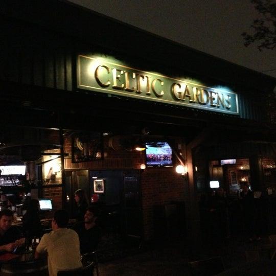 Foto tirada no(a) Celtic Gardens por Allison M. em 11/24/2012