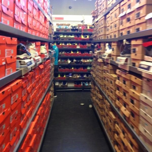 antiguo En el nombre heredar  Photos at Nike Factory Store - Sporting Goods Shop in Querétaro