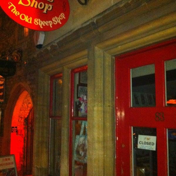 12/20/2013 tarihinde Sergey I.ziyaretçi tarafından Alice's Shop'de çekilen fotoğraf