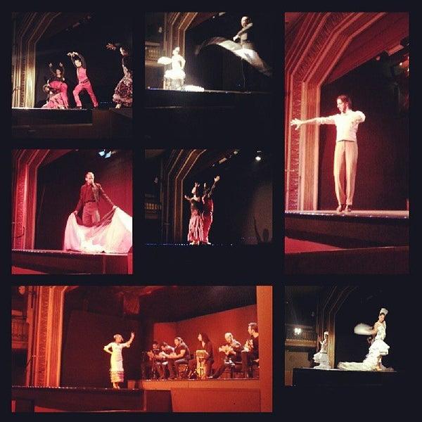 Снимок сделан в Palacio del Flamenco пользователем Orhan K. 7/13/2013