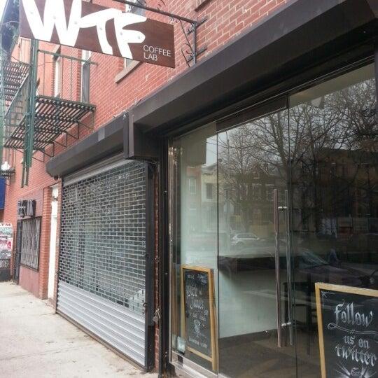 Photo prise au WTF Coffee Lab par steve k. le11/30/2012