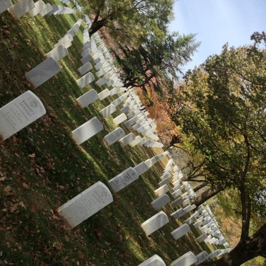 Photo prise au Arlington National Cemetery par Daron Y. le11/12/2012