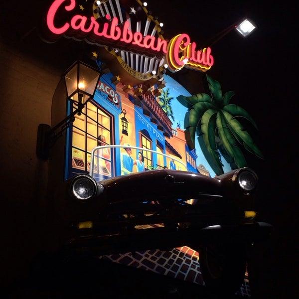 3/10/2014에 Денис님이 Caribbean Club에서 찍은 사진