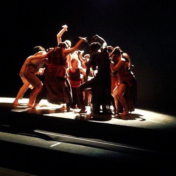 Снимок сделан в Teatro Franco Parenti пользователем Jirawan K. 10/3/2012