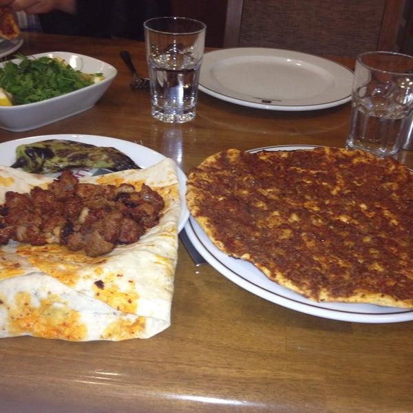 4/21/2013にMSKがÇulcuoğlu Restaurantで撮った写真
