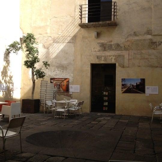 10/20/2012에 Gaby F.님이 Profética - Casa de la Lectura에서 찍은 사진