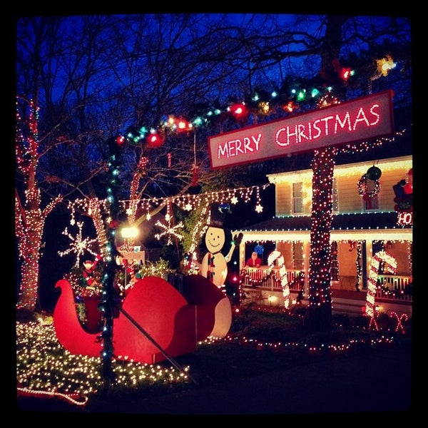 huge selection of 26b46 2072d Photos at Sherwood Forest Dr. Christmas Lights (Now Closed ...