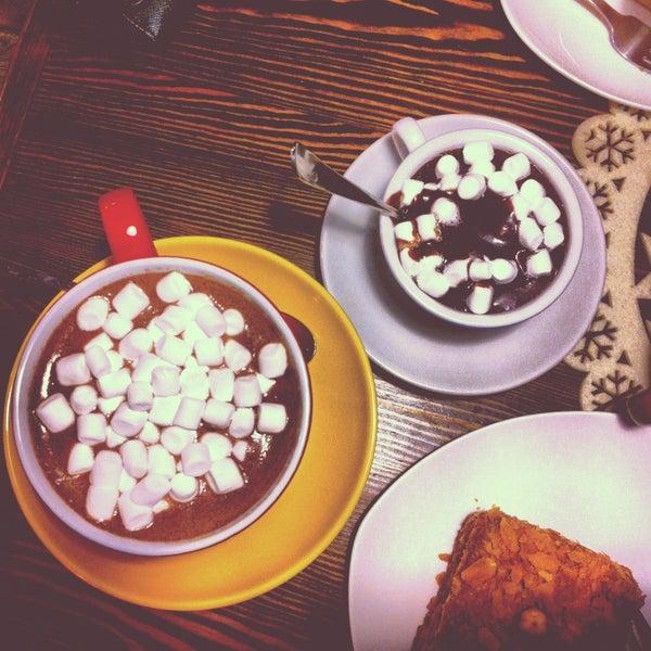 Photo prise au Cup&Cake / Кап&Кейк par Franceska le3/23/2013