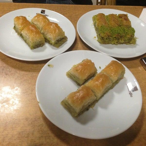 4/7/2013にMustafa A.がÇulcuoğlu Restaurantで撮った写真