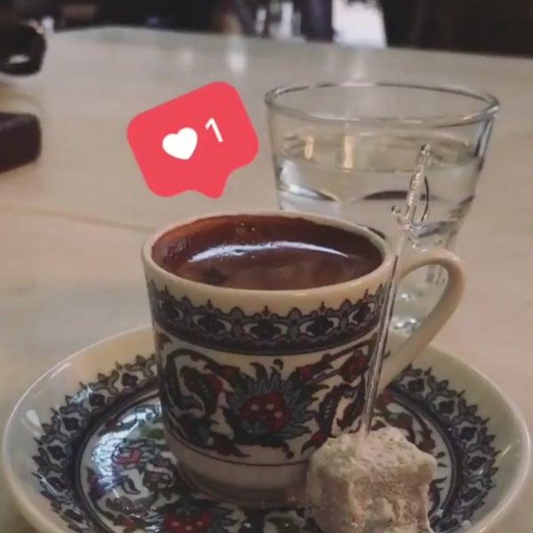 11/23/2017 tarihinde Aylin T.ziyaretçi tarafından Mihri Restaurant & Cafe'de çekilen fotoğraf