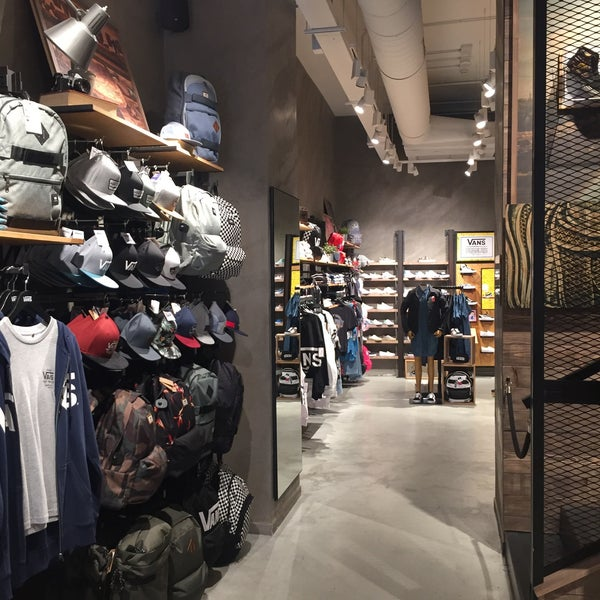 Vans Store Buenos Aires Venezia 2 Tips From 64 Visitors