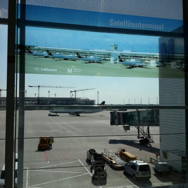 Photos at Lufthansa Flight LH 2008 - München, Bayern