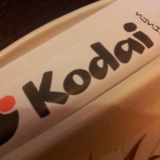 Foto tirada no(a) Kodai Sushi por Juliana G. em 9/23/2012