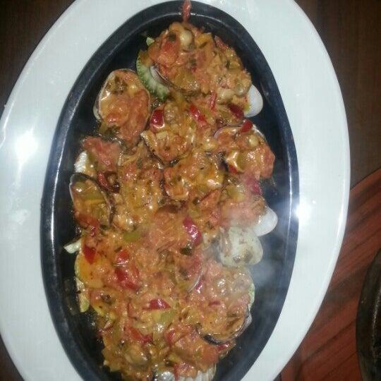 12/7/2012에 Burhan A.님이 Cunda Balık Restaurant에서 찍은 사진