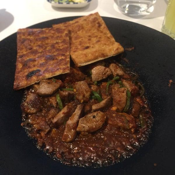 3/12/2019 tarihinde 👔🔐B S R 🍀ziyaretçi tarafından Seraf Restaurant'de çekilen fotoğraf