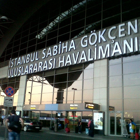 Снимок сделан в Аэропорт Стамбул им. Сабихи Гёкчен (SAW) пользователем Oğuz E. 9/3/2013