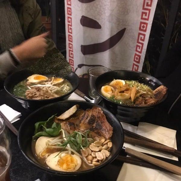 Foto tirada no(a) Fukuro Noodle Bar por Ariel G. em 6/16/2021