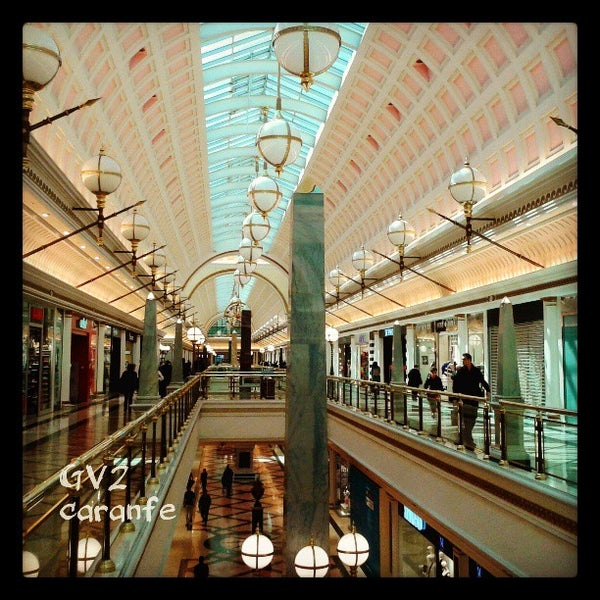 Foto tomada en Centro Comercial Gran Vía 2 por Carmen el 3/25/2013