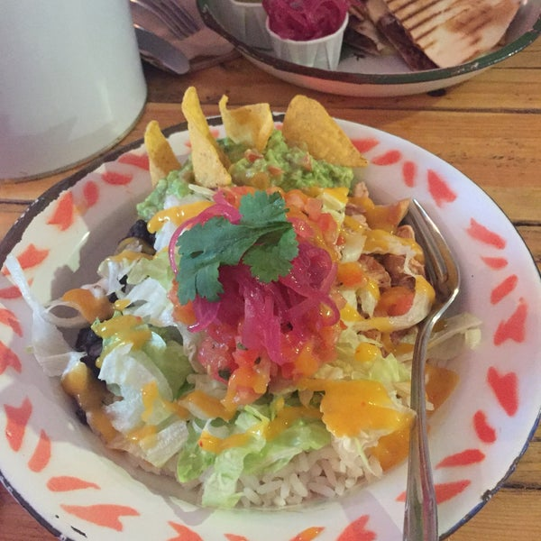 Photo prise au NETA Mexican Street Food par Eugene K. le11/7/2017
