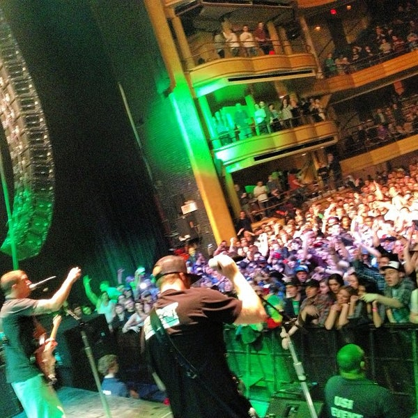 Photo prise au Hammerstein Ballroom par Slightly Stoopid le3/23/2013