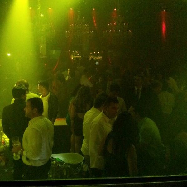 Photo prise au Spazio Nightclub par @itsnova le8/9/2014