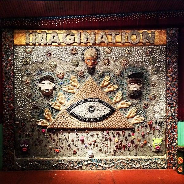 Foto diambil di House of Blues oleh Kelly pada 12/29/2012