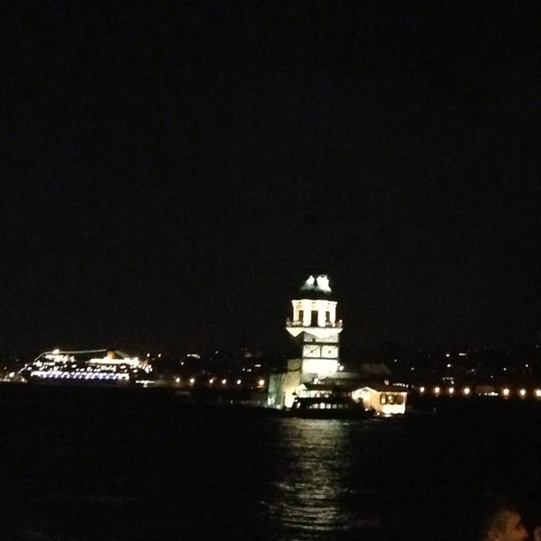 8/17/2013にmerve o.がKız Kulesiで撮った写真