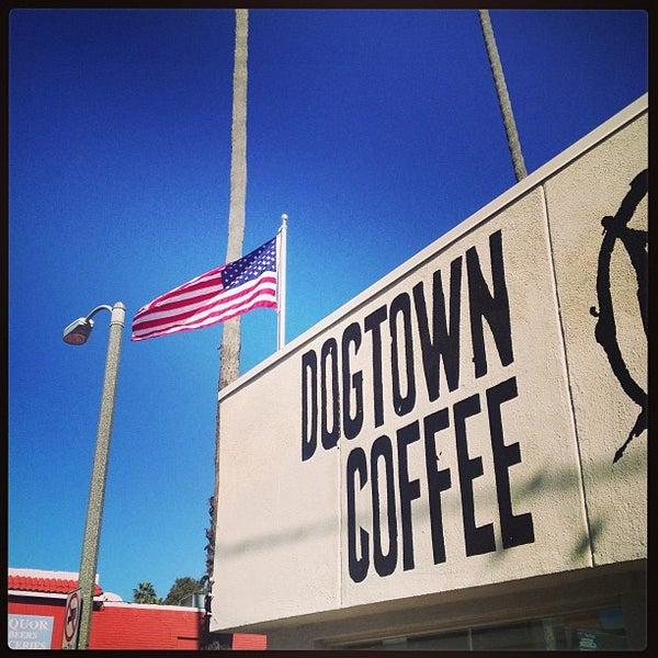 Foto tirada no(a) Dogtown Coffee por Assaf R. em 12/28/2012