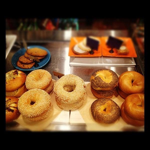 Foto tirada no(a) Dogtown Coffee por Assaf R. em 11/2/2012