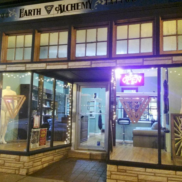 185906e3d The best new tattoo parlor in STL. Super welcoming shop with the  friendliest artists.