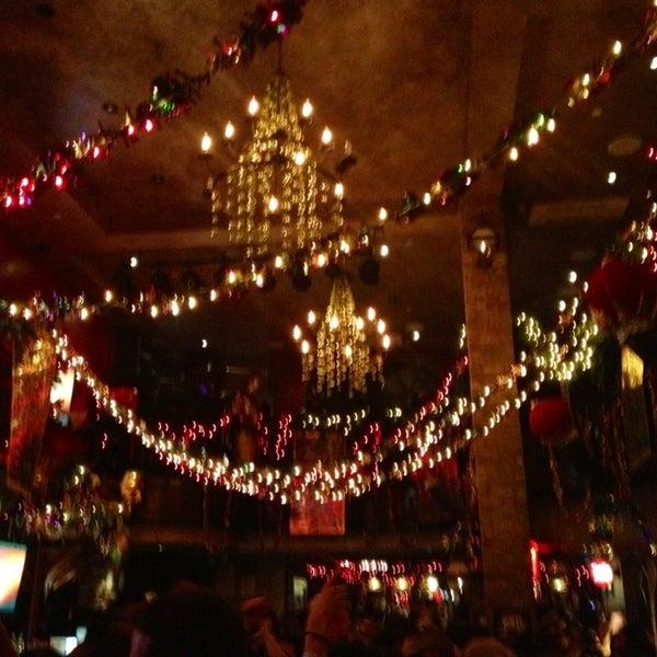 Foto tirada no(a) Bourbon Street Bar & Grille por Suzy em 2/16/2013