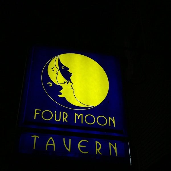 four moons roscoe village - 600×600