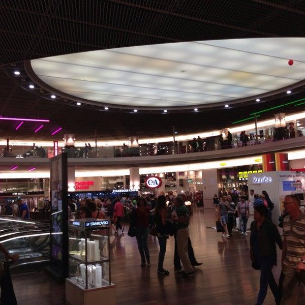 Shoppi Tivoli Einkaufszentrum In Spreitenbach