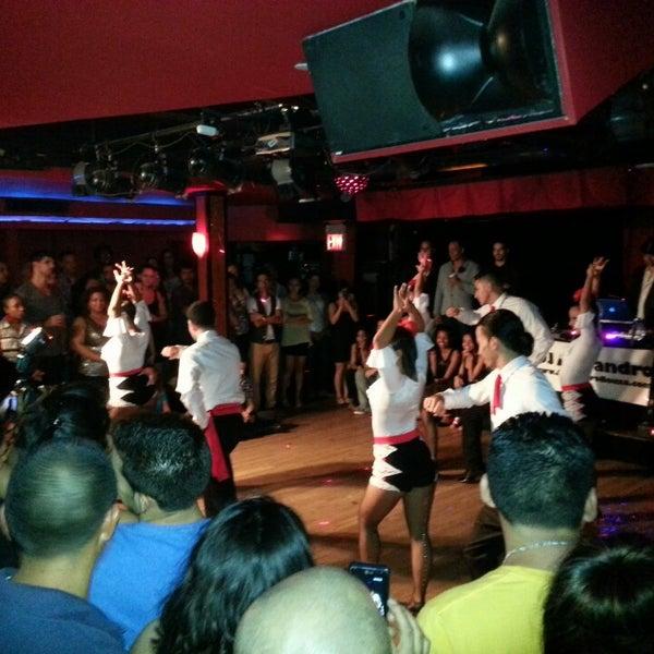 8/3/2013 tarihinde Rafael N. C.ziyaretçi tarafından Club Cache'de çekilen fotoğraf