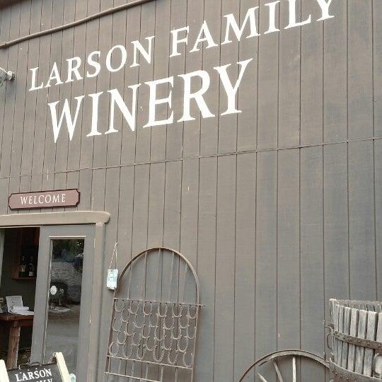 Das Foto wurde bei Larson Family Winery von Thuan D. am 8/17/2013 aufgenommen
