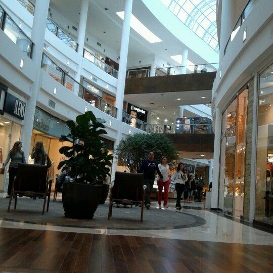Foto diambil di Shopping Crystal oleh Thi G. pada 2/9/2013