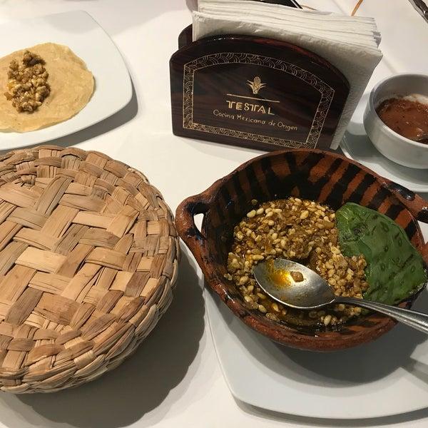 Foto tirada no(a) Testal - Cocina Mexicana de Origen por Maria V. em 8/17/2018