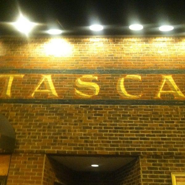 Foto scattata a Tasca Spanish Tapas Restaurant & Bar da Donald W. il 1/15/2013