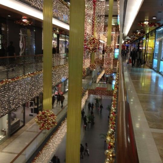 11/30/2012 tarihinde Hüseyinziyaretçi tarafından TerraCity'de çekilen fotoğraf