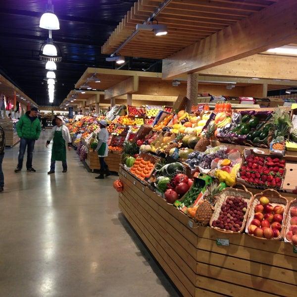 следует фото малых продуктовых базаров экрана