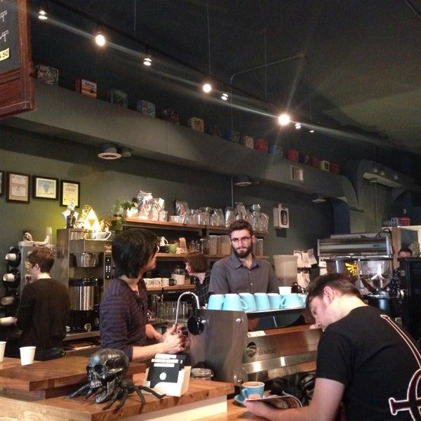 11/9/2013에 yuna l.님이 The Wormhole Coffee에서 찍은 사진