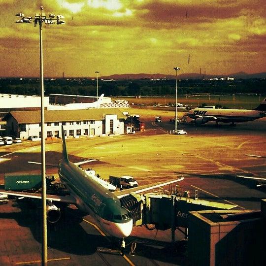 Photo prise au Dublin Airport (DUB) par Roger P. le5/22/2013