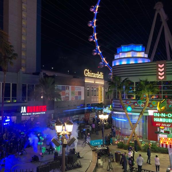 11/15/2018 tarihinde Jiro T.ziyaretçi tarafından Brooklyn Bowl Las Vegas'de çekilen fotoğraf