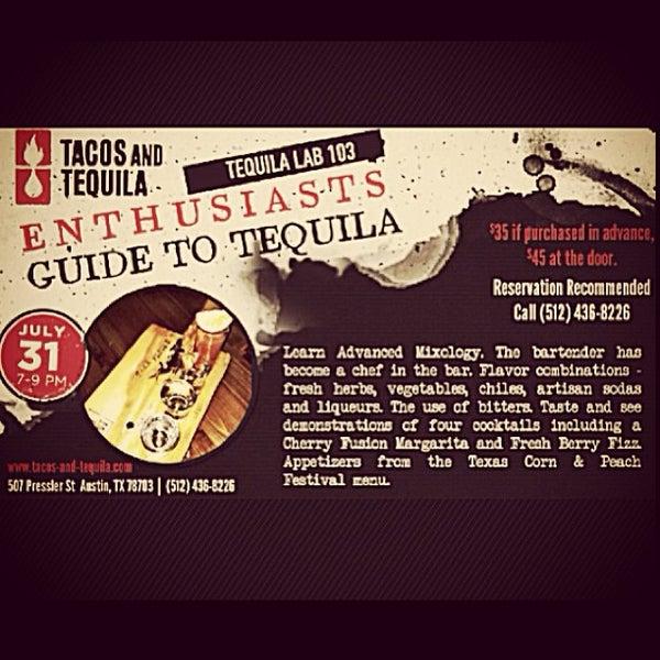 Снимок сделан в TNT - Tacos and Tequila пользователем Beth D. 7/25/2013