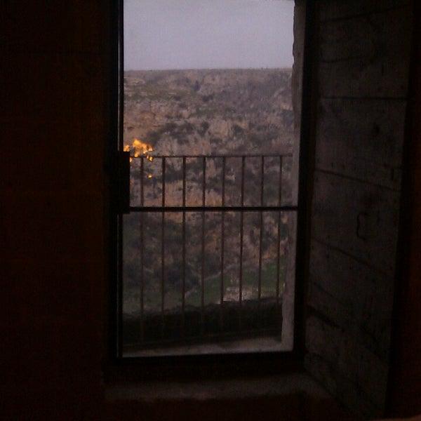 Foto tirada no(a) Sextantio | Le Grotte della Civita por Demid L. em 2/19/2013