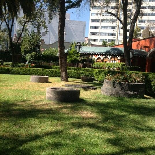 Снимок сделан в Hacienda de Los Morales пользователем Luis G. 10/26/2012