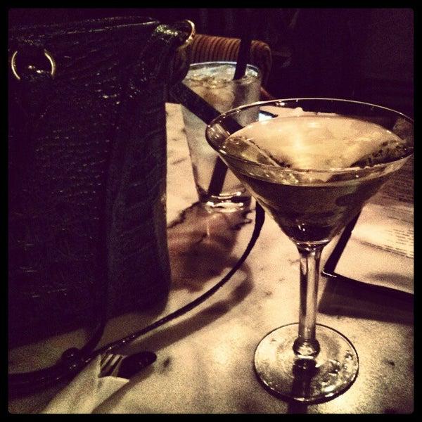 12/24/2012 tarihinde Jasmine R.ziyaretçi tarafından Union Cafe'de çekilen fotoğraf